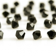 M.C. beads bicones 4 mm black 30 pcs
